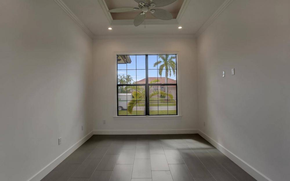 920 Moon Ct, Marco Island - Home For Sale 555977134