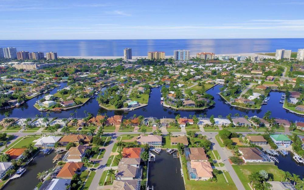 920 Moon Ct, Marco Island - Home For Sale 1595381062
