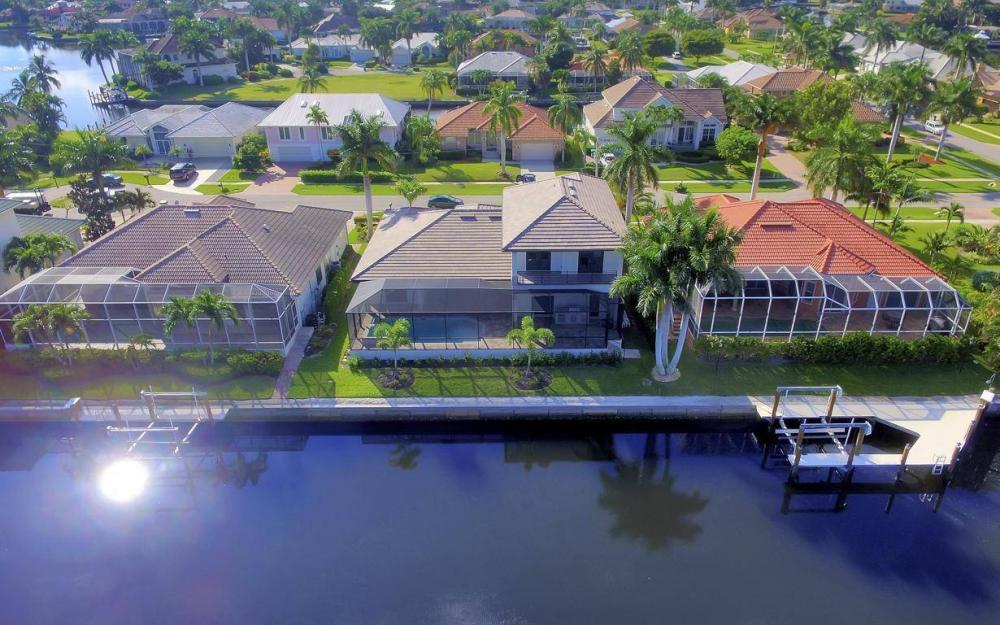 920 Moon Ct, Marco Island - Home For Sale 1898542209