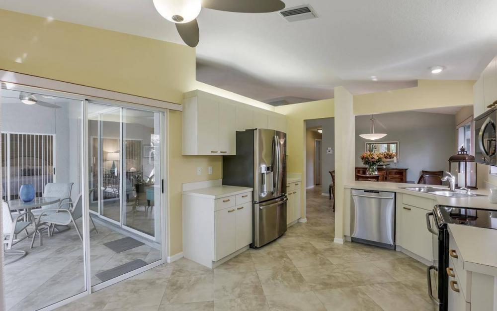 341 Emerald Bay Cir T-2, Naples - Home For Sale 1669968486