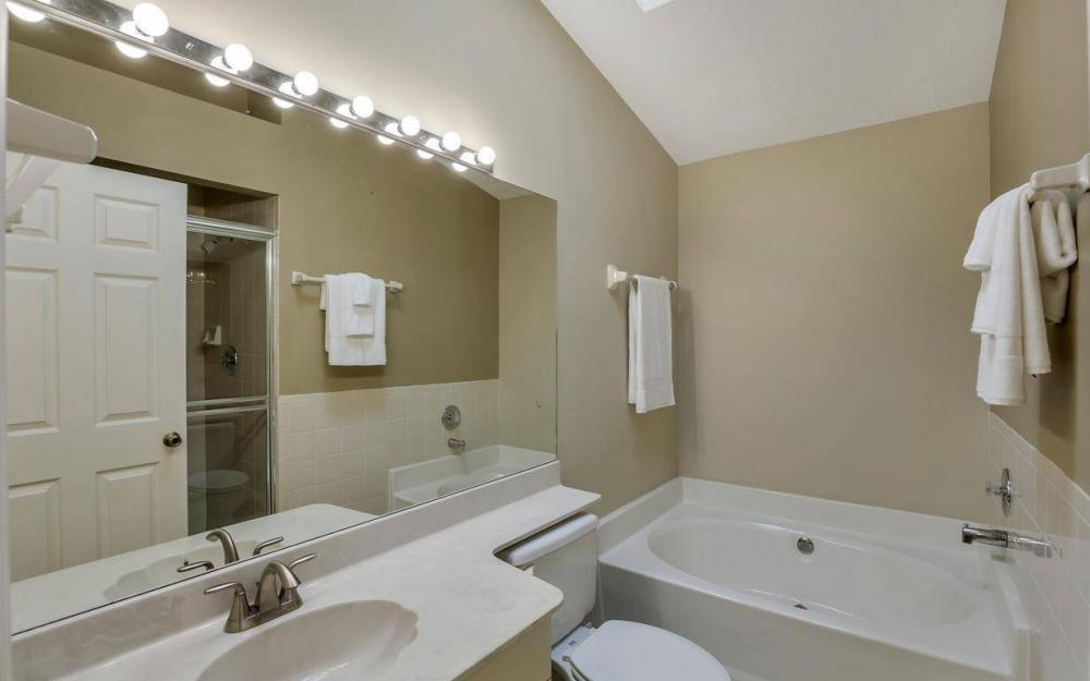 341 Emerald Bay Cir T-2, Naples - Home For Sale 686492029