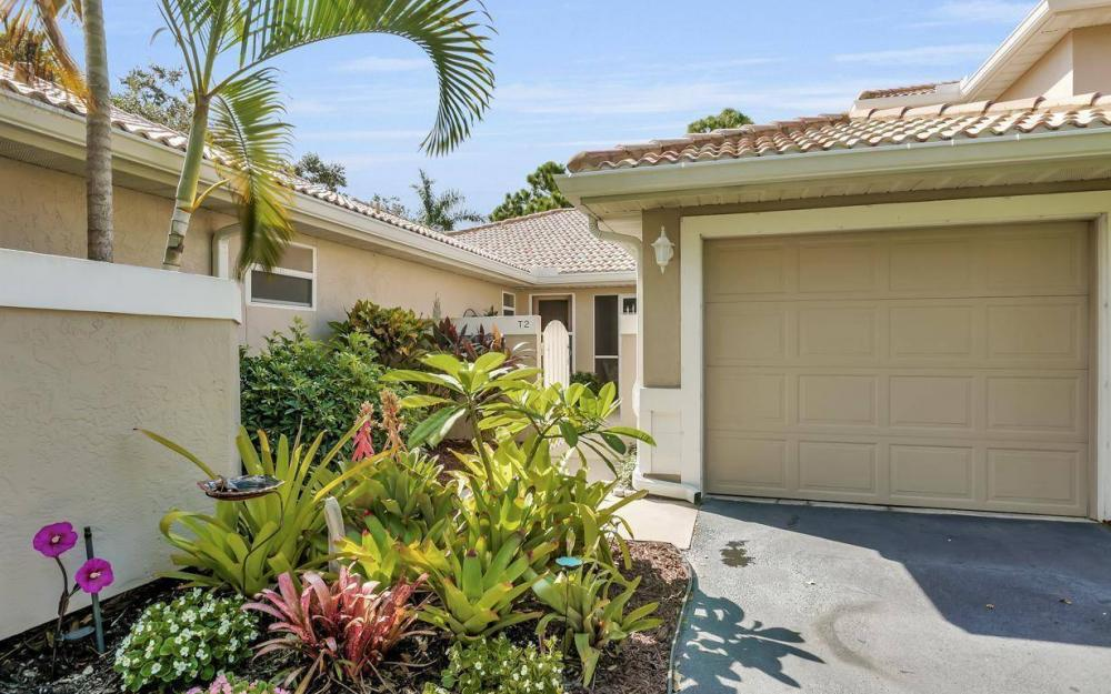 341 Emerald Bay Cir T-2, Naples - Home For Sale 1261018107