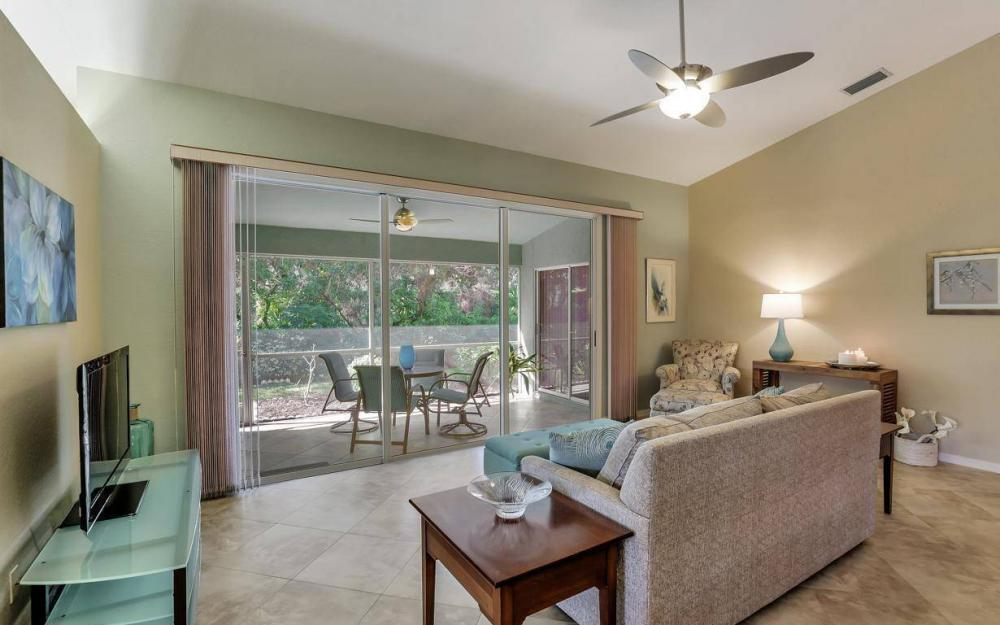 341 Emerald Bay Cir T-2, Naples - Home For Sale 1062871020