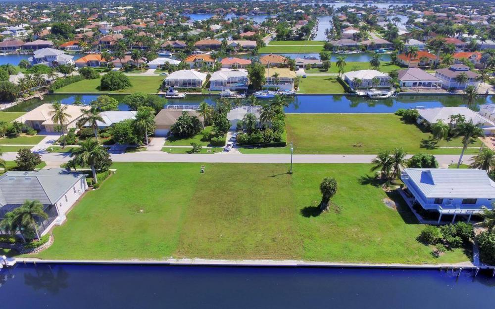 762 Orchid Ct, Marco Island - Lot For Sale 41018111
