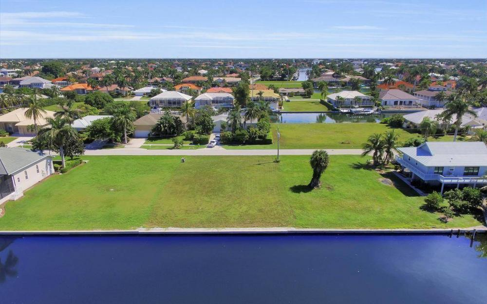 762 Orchid Ct, Marco Island - Lot For Sale 2130192489