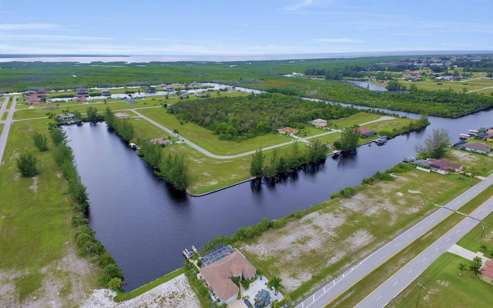 1616 N Old Burnt Store Rd, Cape Coral - Lot For Sale 1910410534