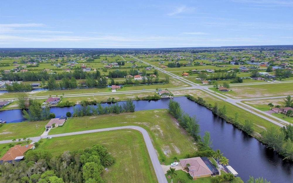 1616 N Old Burnt Store Rd, Cape Coral - Lot For Sale 2060016216