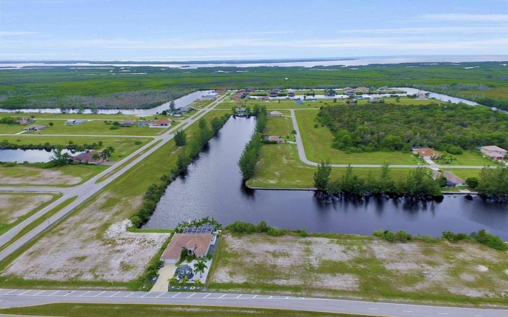 1616 N Old Burnt Store Rd, Cape Coral - Lot For Sale 189017451