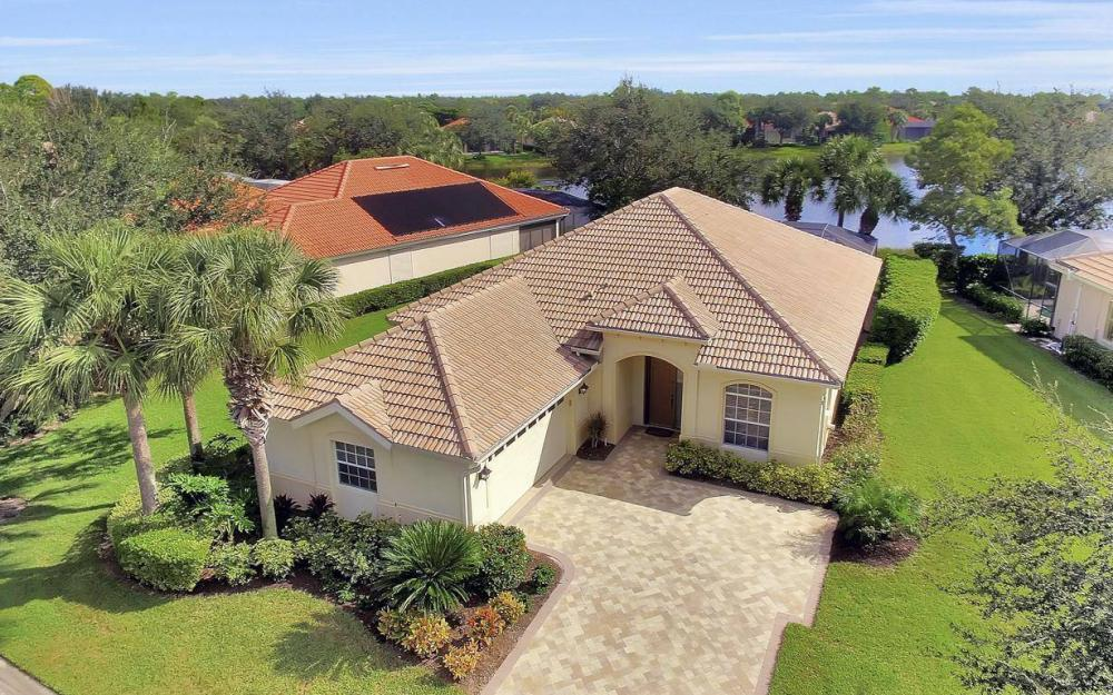 21773 Masters Cir, Estero - Home For Sale 873905674