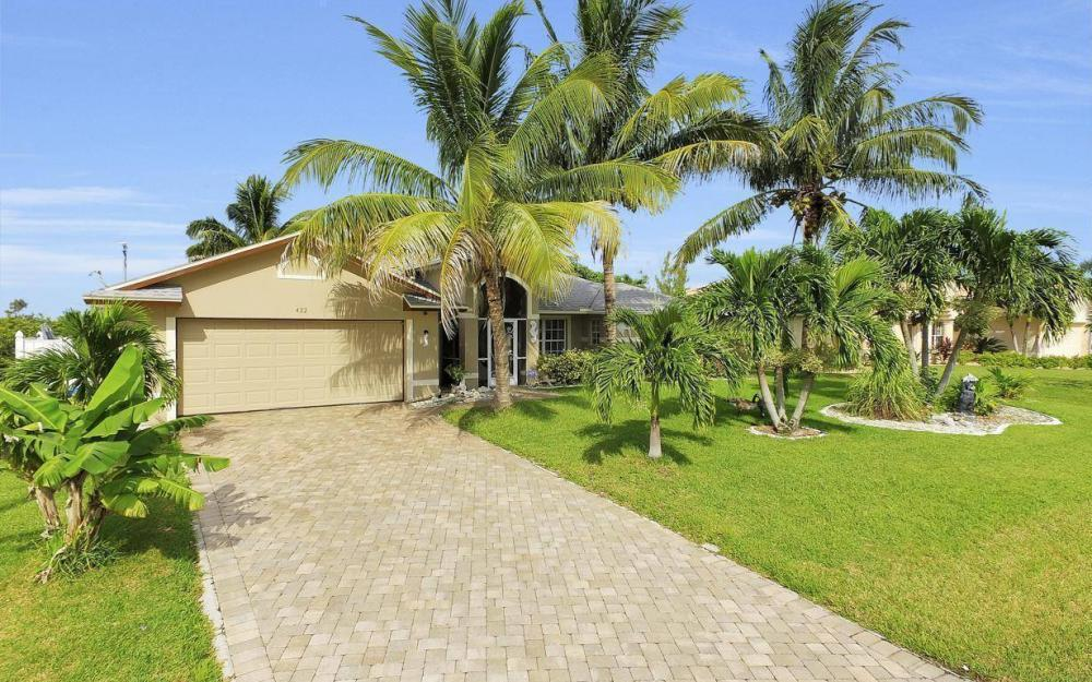 422 NW 39th Ave, Cape Coral - Home For Sale 2052053799