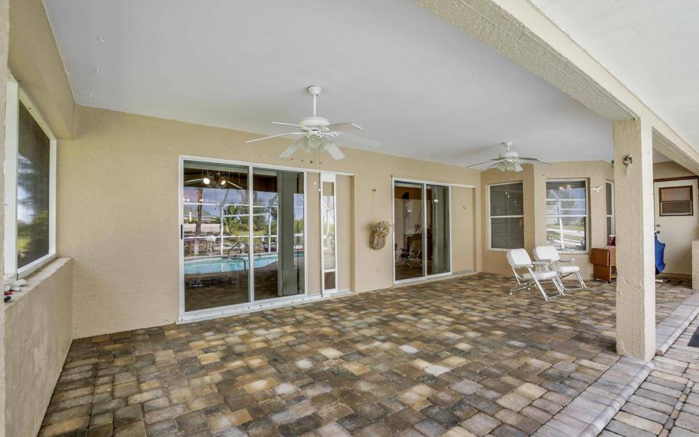 422 NW 39th Ave, Cape Coral - Home For Sale 147317513