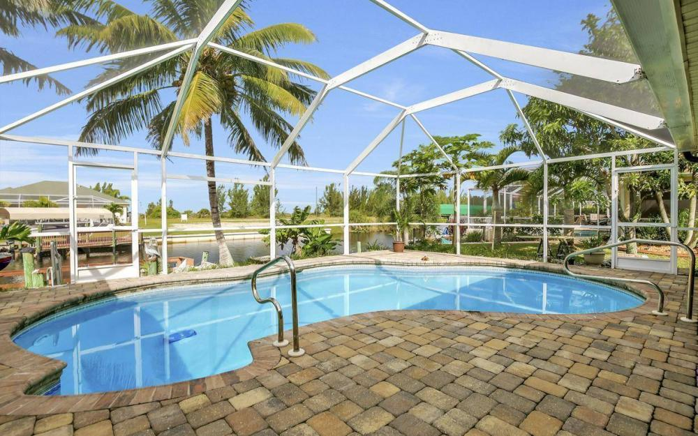 422 NW 39th Ave, Cape Coral - Home For Sale 1303053609