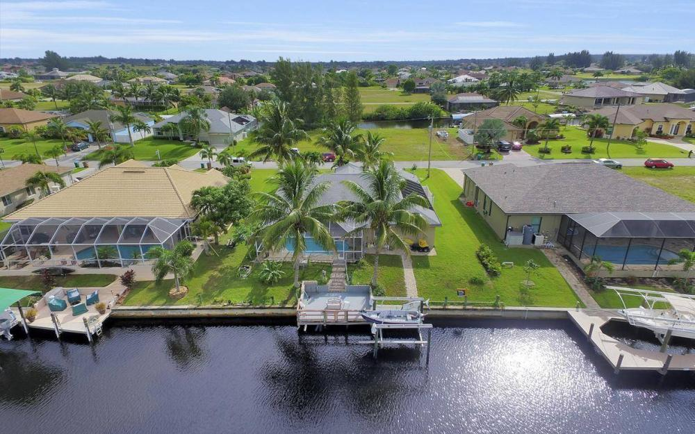 422 NW 39th Ave, Cape Coral - Home For Sale 1738022779