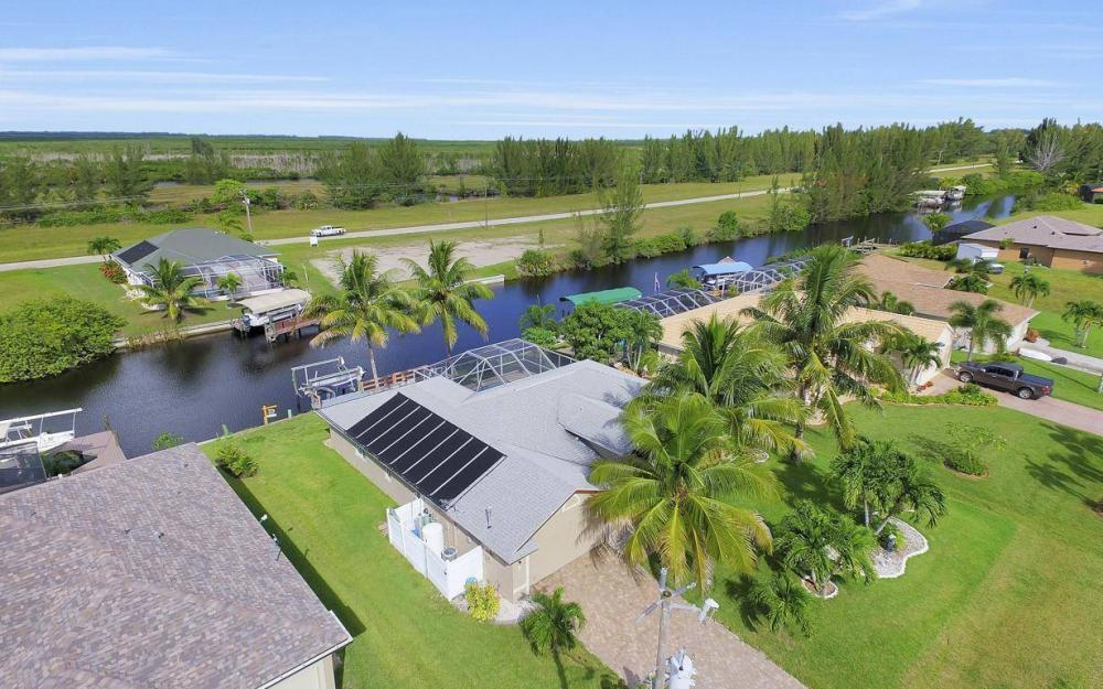 422 NW 39th Ave, Cape Coral - Home For Sale 1743872242