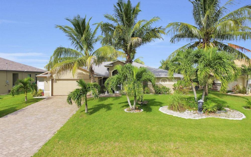 422 NW 39th Ave, Cape Coral - Home For Sale 1117273074