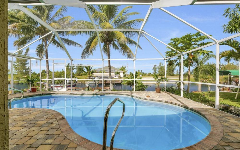 422 NW 39th Ave, Cape Coral - Home For Sale 560335658