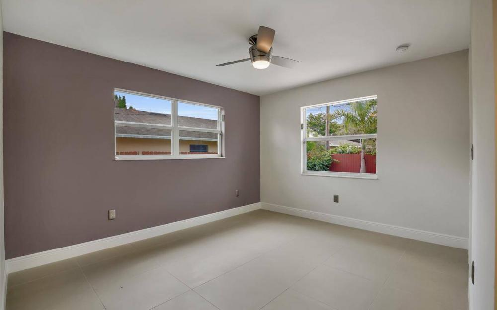 1260 Biltmore Dr, Fort Myers - Home For Sale 952061703