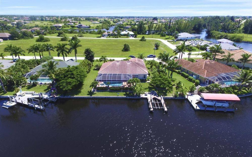 3841 NW 22nd Terrace, Cape Coral - Home For Sale 888538622