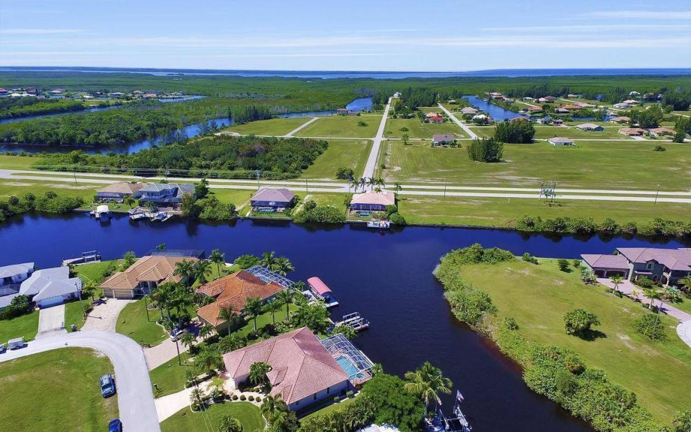 3841 NW 22nd Terrace, Cape Coral - Home For Sale 1076038136