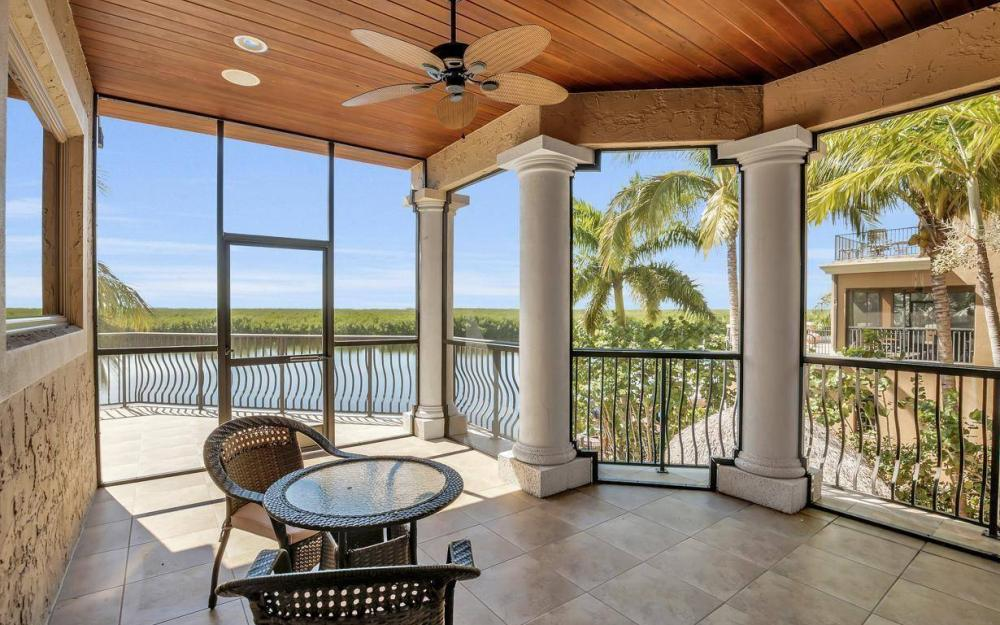 5807 Staysail Ct, Cape Coral - Estate Home For Sale 22972748