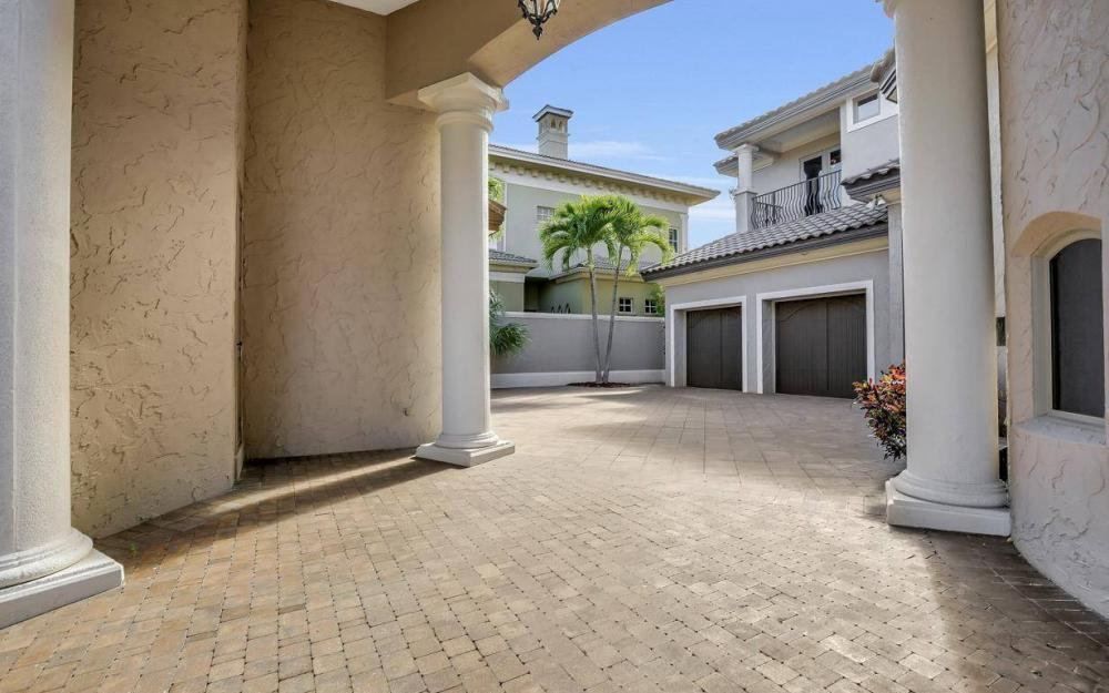 5807 Staysail Ct, Cape Coral - Estate Home For Sale 498775518