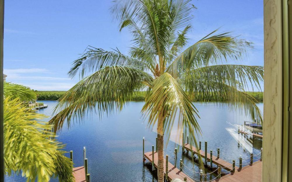 5807 Staysail Ct, Cape Coral - Estate Home For Sale 709460008