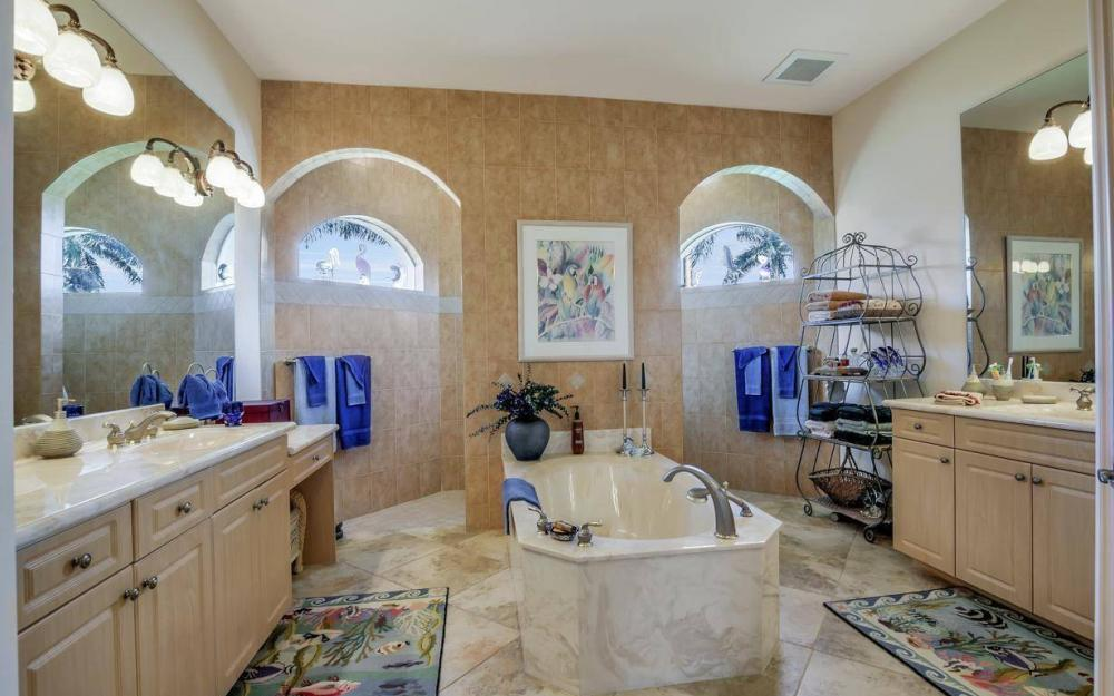 5336 SW 8th Pl, Cape Coral - Home For Sale 81445556