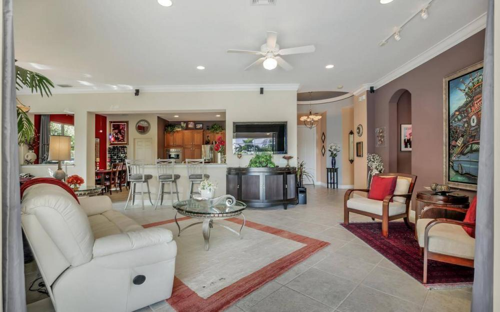 9913 Bellagio Ct, Fort Myers - Home For Sale 595357224