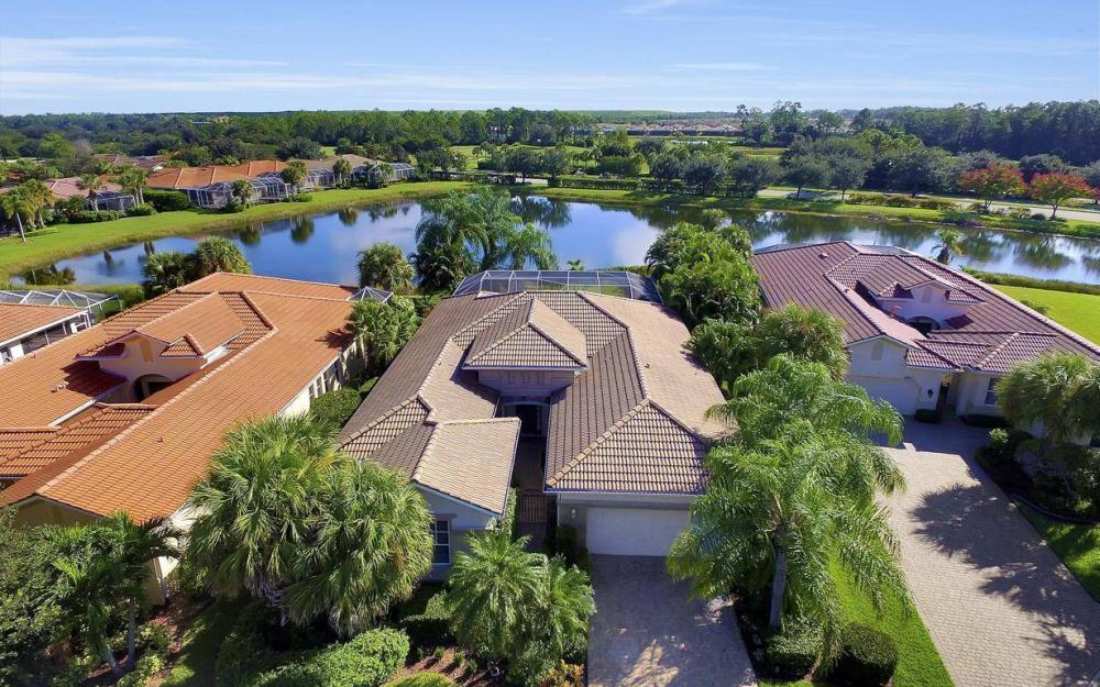9913 Bellagio Ct, Fort Myers - Home For Sale 626022809