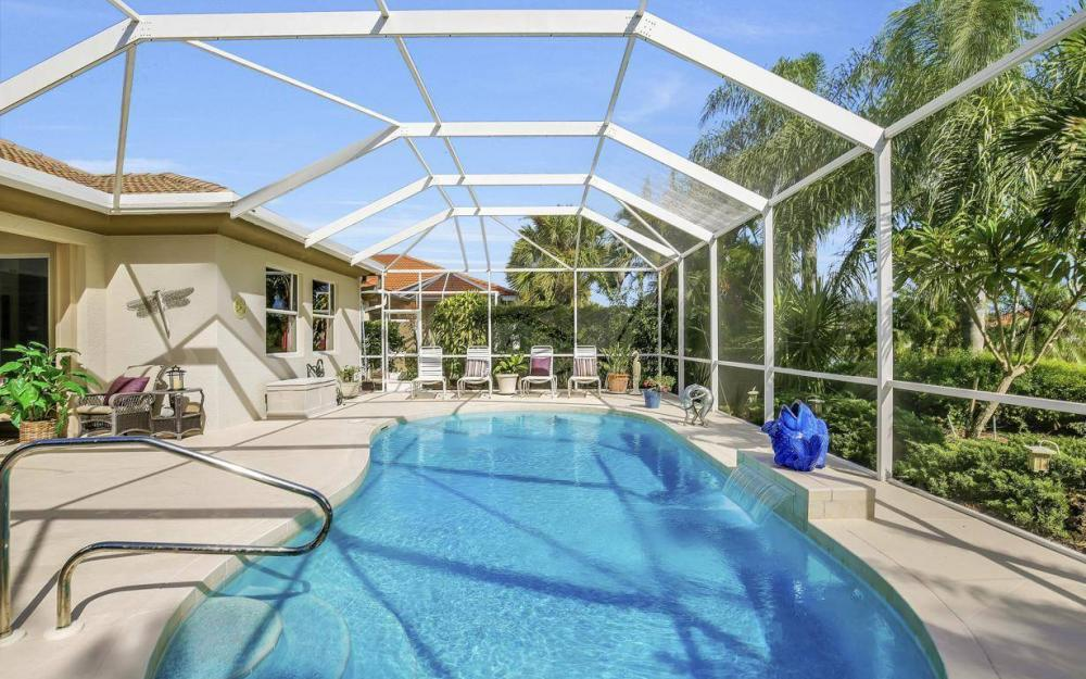 9913 Bellagio Ct, Fort Myers - Home For Sale 106212053