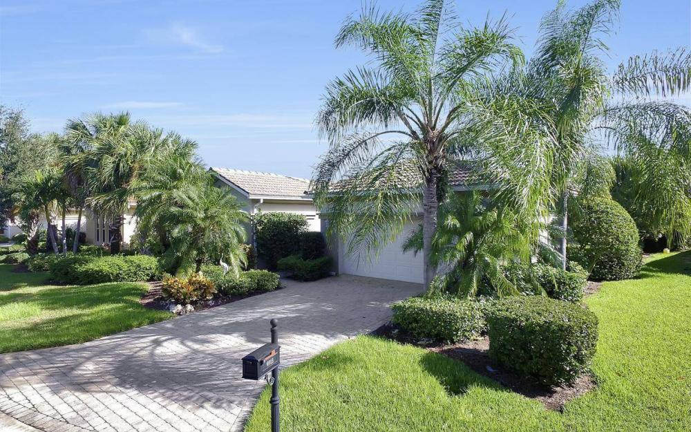 9913 Bellagio Ct, Fort Myers - Home For Sale 572538761