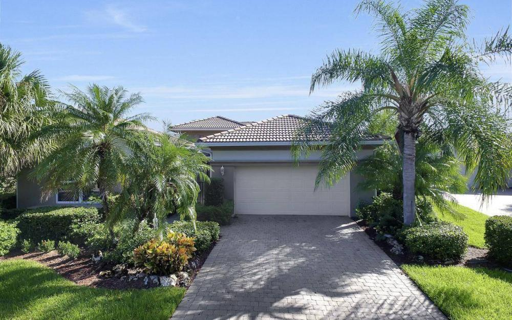 9913 Bellagio Ct, Fort Myers - Home For Sale 858071032