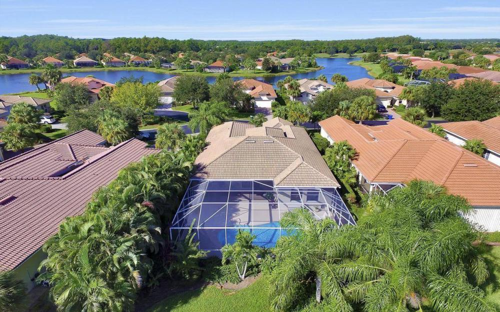 9913 Bellagio Ct, Fort Myers - Home For Sale 1576295883