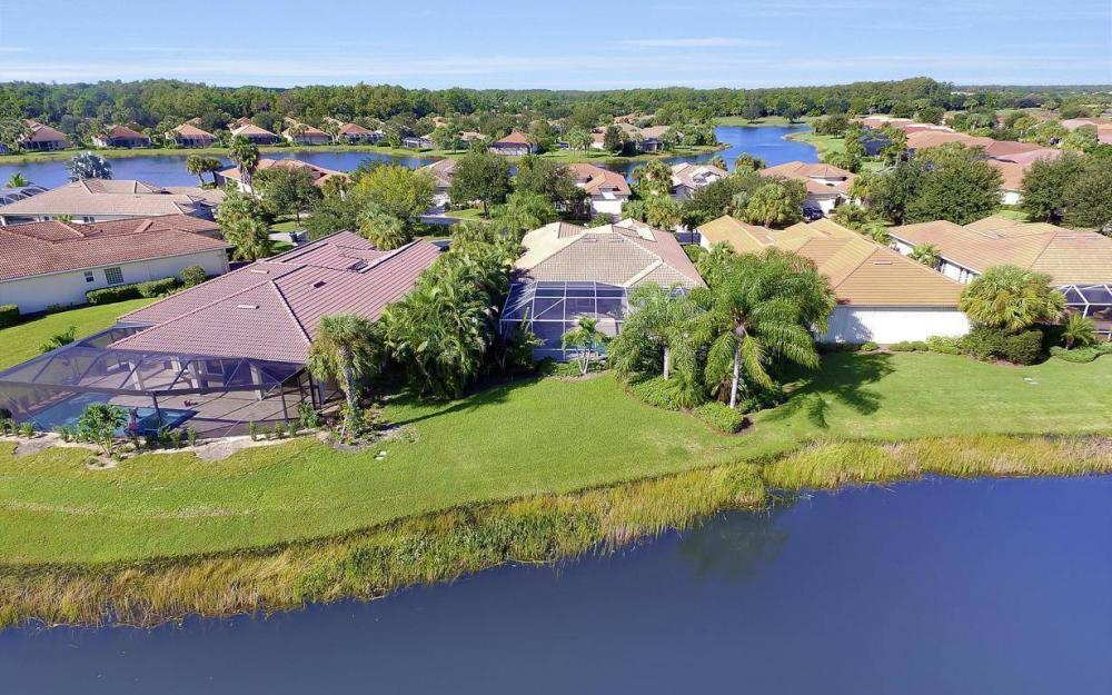 9913 Bellagio Ct, Fort Myers - Home For Sale 379865940