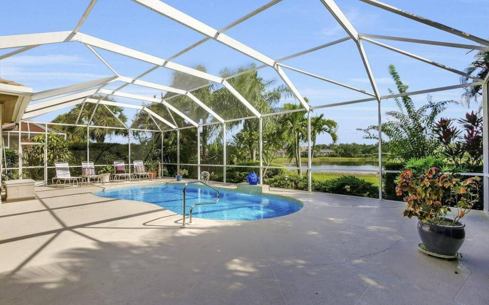 9913 Bellagio Ct, Fort Myers - Home For Sale 1293000310