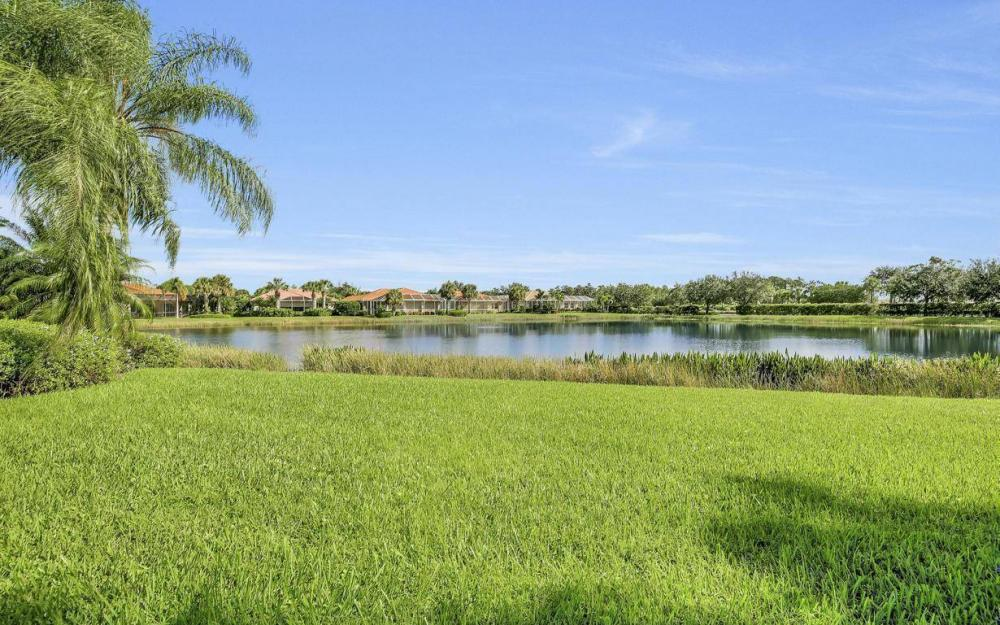 9913 Bellagio Ct, Fort Myers - Home For Sale 324482262