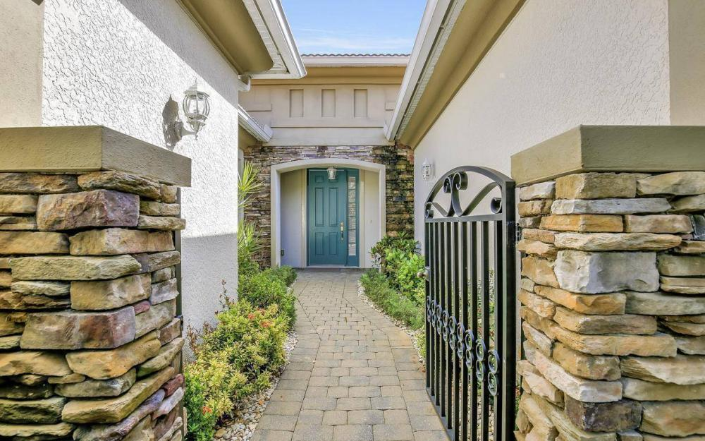 9913 Bellagio Ct, Fort Myers - Home For Sale 2026792942