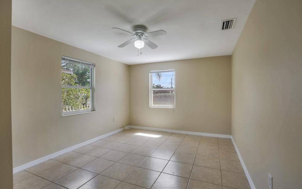 681 97th Ave N, Naples - Home For Sale 914863217