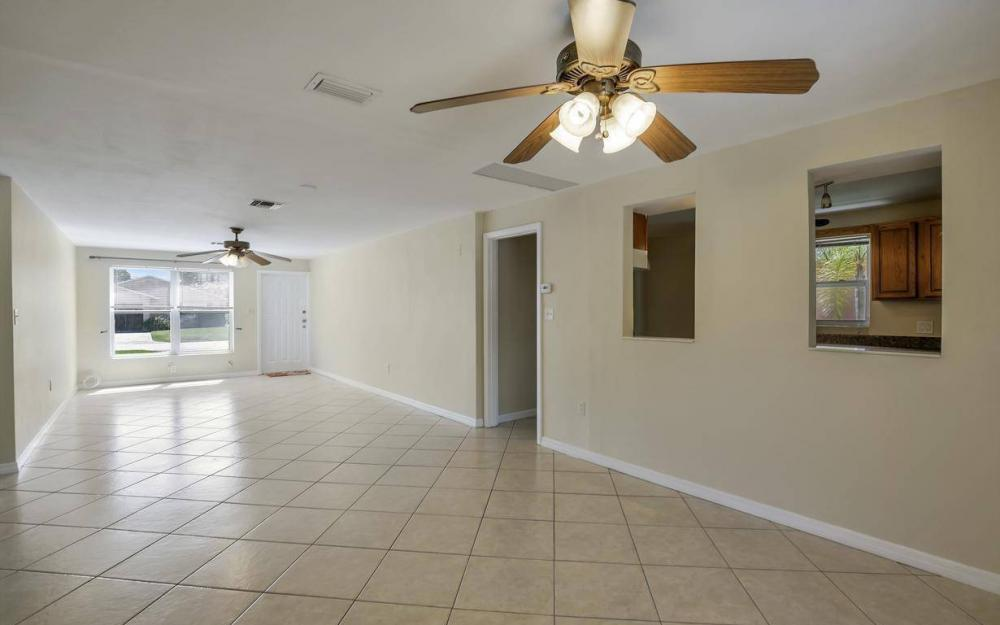 681 97th Ave N, Naples - Home For Sale 2056327961