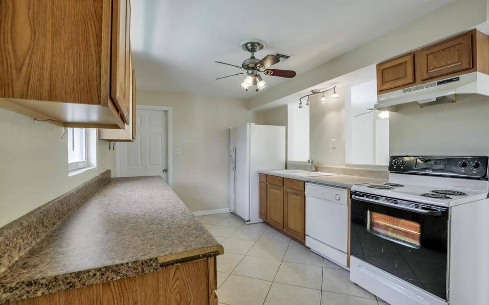 681 97th Ave N, Naples - Home For Sale 612085725