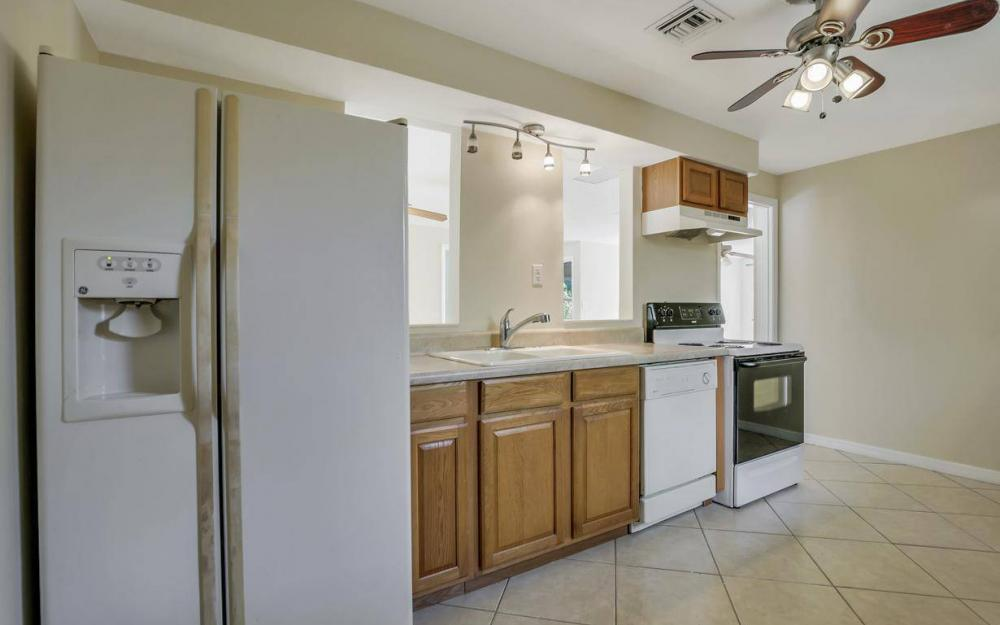 681 97th Ave N, Naples - Home For Sale 889007838