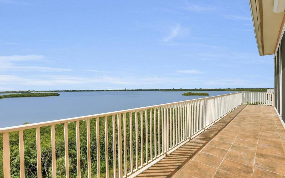 201 Vintage Bay Dr # B-33, Marco Island - Condo For Sale 581746838
