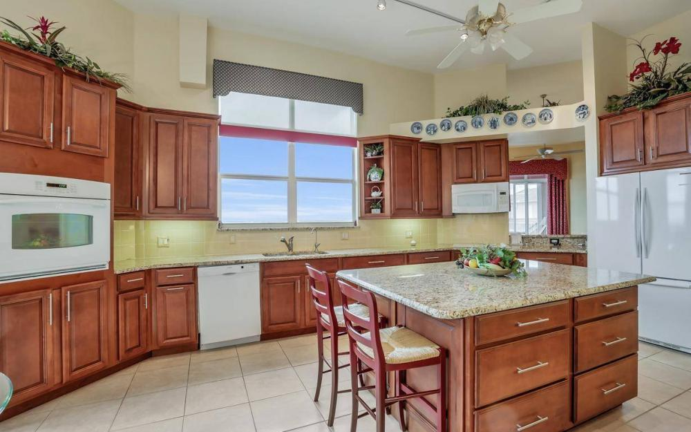 201 Vintage Bay Dr # B-33, Marco Island - Condo For Sale 1601333944