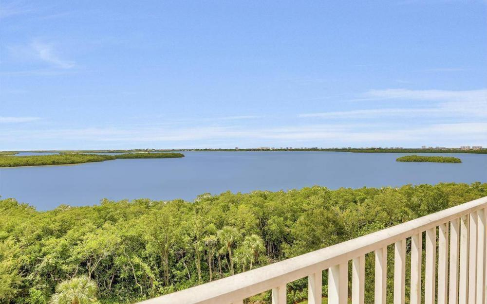 201 Vintage Bay Dr # B-33, Marco Island - Condo For Sale 625749784