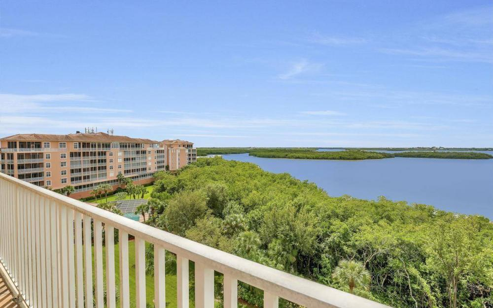201 Vintage Bay Dr # B-33, Marco Island - Condo For Sale 1600148400