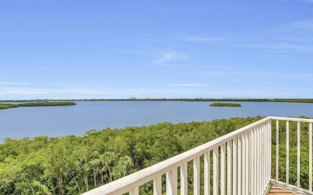201 Vintage Bay Dr # B-33, Marco Island - Condo For Sale 789492018