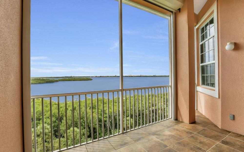 201 Vintage Bay Dr # B-33, Marco Island - Condo For Sale 39366660