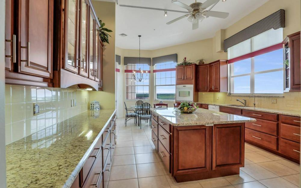 201 Vintage Bay Dr # B-33, Marco Island - Condo For Sale 1944561299