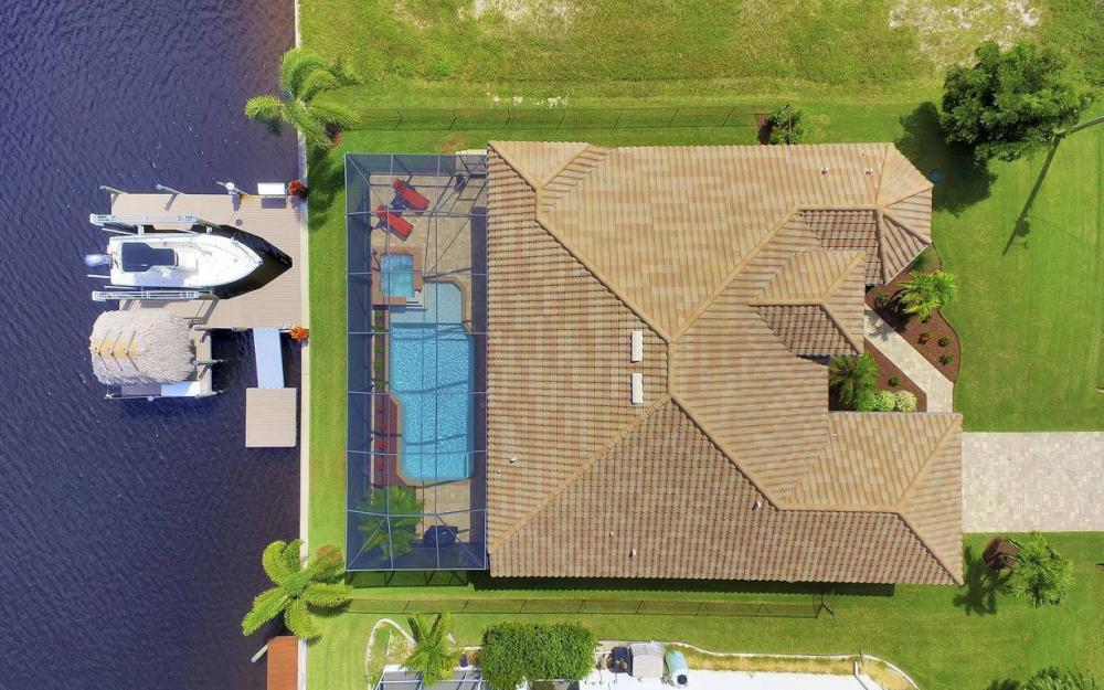 405 SW 33rd Ave, Cape Coral - Home For Sale 324644460