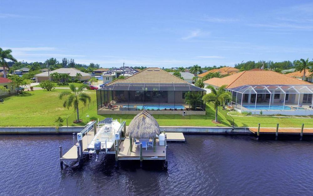 405 SW 33rd Ave, Cape Coral - Home For Sale 290921750
